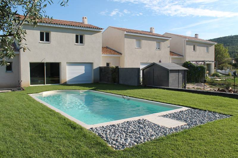 Amenagement autour d une piscine hors sol 27 id es de for Amenagement terrasse sol